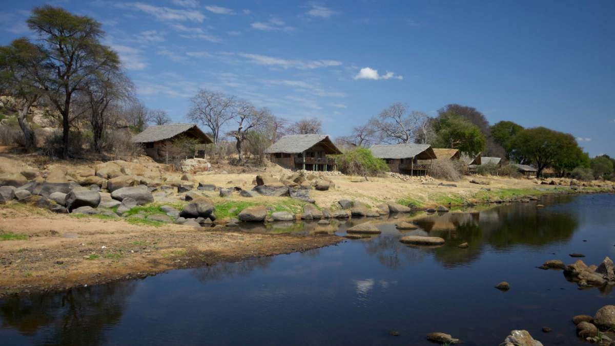 Ruaha River Lodge
