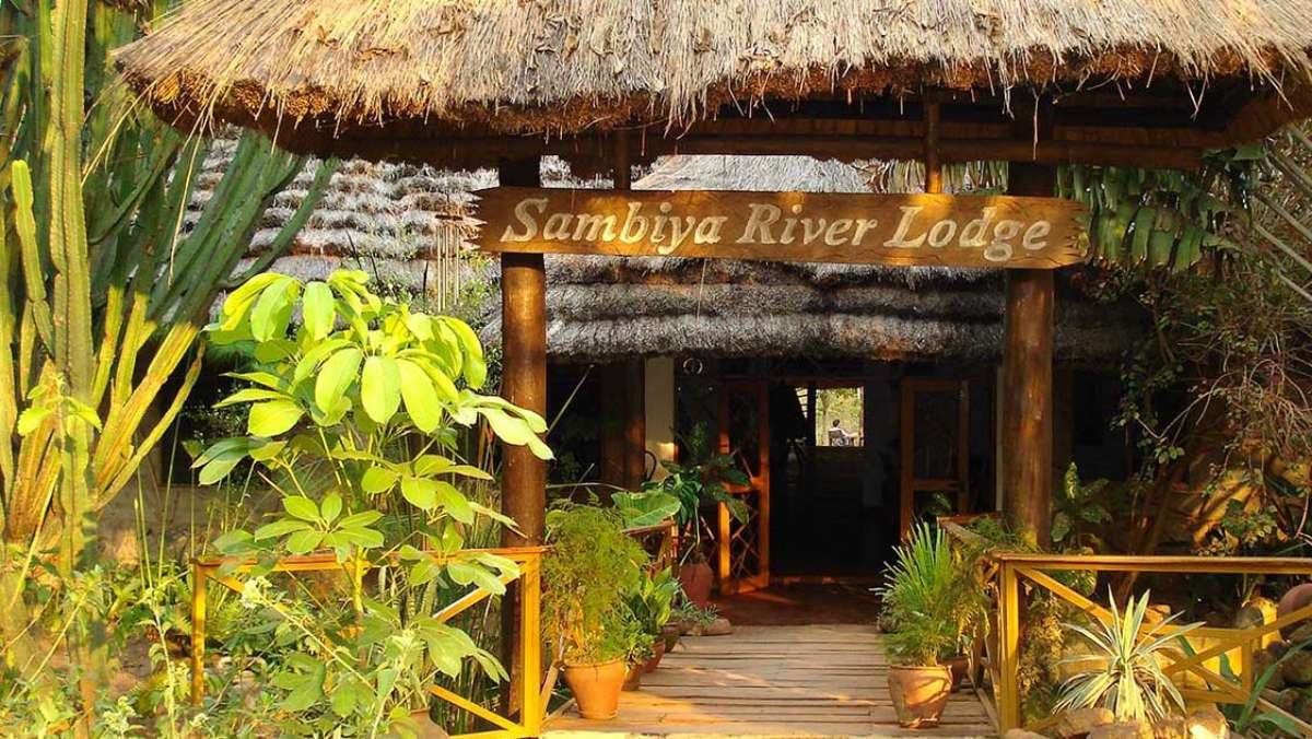 Sambiya River Lodge